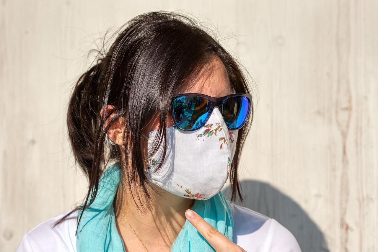 【マスクでほうれい線が濃くなる!ひどくなる!】しわ改善美顔器・美容液オススメ8選